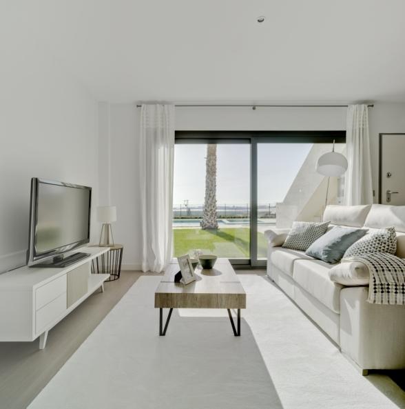 Lo Romero Apartments 005