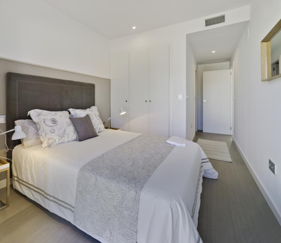 Lo Romero Apartments 008