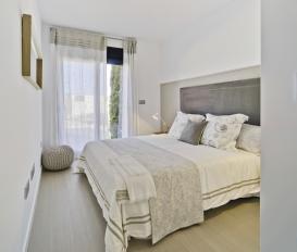 Lo Romero Apartments 009