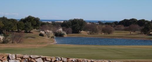 Lo Romero Lake and Sea View