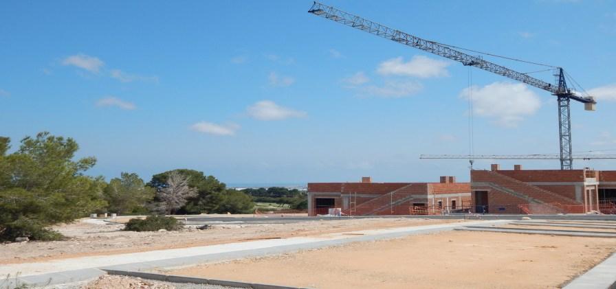 Lo Romero Golf Villas Central Island Construction